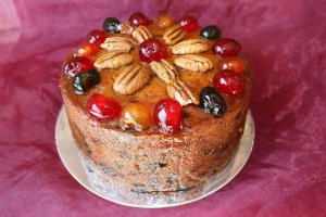 The Cake that Hooked me...Glazed Fruit Cake